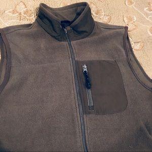 Chaps Zip Front Sleeveless Brown Vest. Sz Large